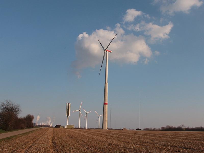 Testfeld für große und kleine Windkraftanlagen